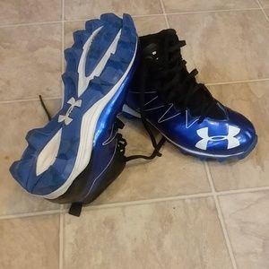 Under Armor Mens football Cleats Size 8